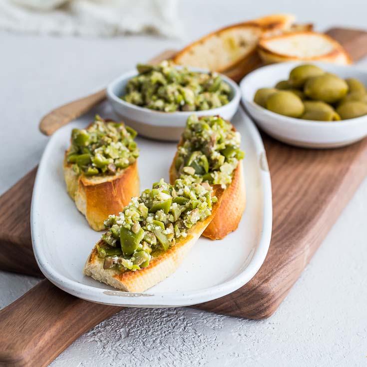 Greek Green Olive Crostini | Appetizer, Party Food | Spoonabilities